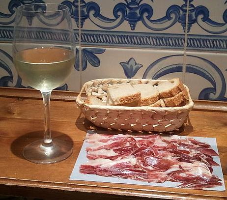 jamón ibérico de bellota vino jamón