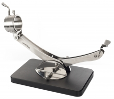 Soporte jamonero articulado giratorio 360º Inox negro Steelblade